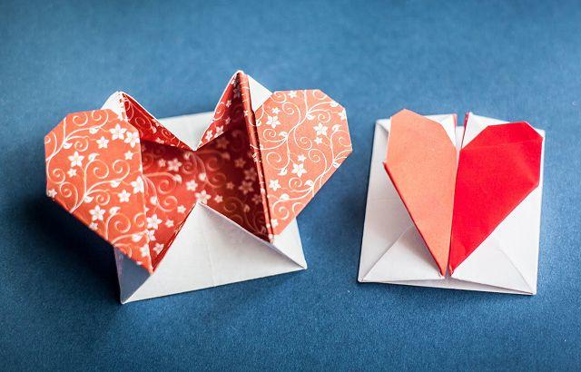 День, сердечко из бумаги оригами открытка