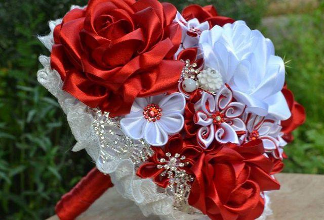 Как сделать букет дублер для невесты своими руками из атласных лент фото 390