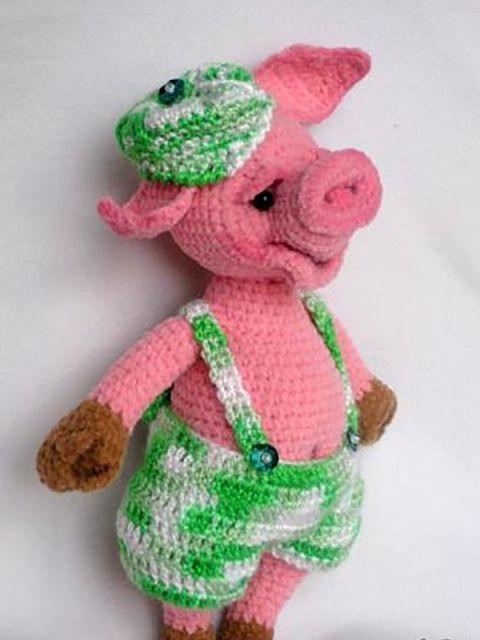 Вязаная свинка Пеппа и другие знаменитые поросята крючком ...