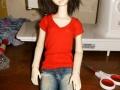 Шьем футболку для куклы-8