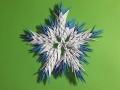 snezhinki-origami-svoimi-rukami-10.jpg