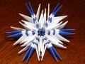 snezhinki-origami-svoimi-rukami-3.jpg