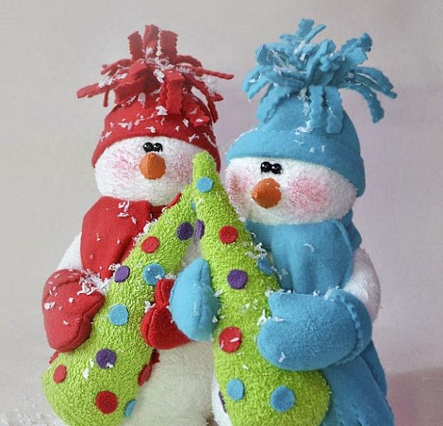 Как игрушки своими руками снеговик