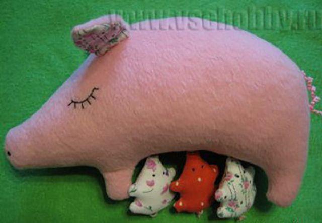 Как сшить свинку своими руками