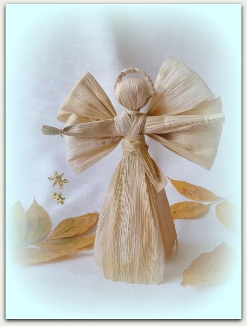 ангел из кукурузных листьев