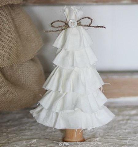 елка-конус из ткани