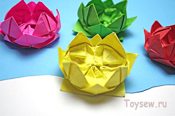 водяная лилия оригами