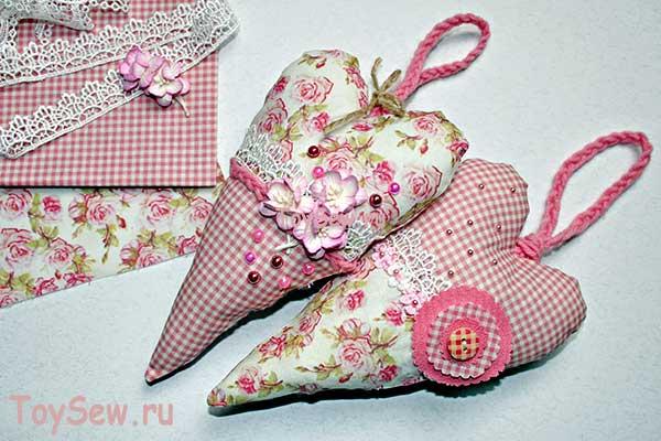 tilda-serdechko-1 Сердечки из ткани своими руками. Как сделать сердечко? Сердечки из ткани