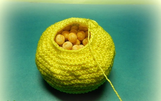 Вязаные овощи и фрукты можно