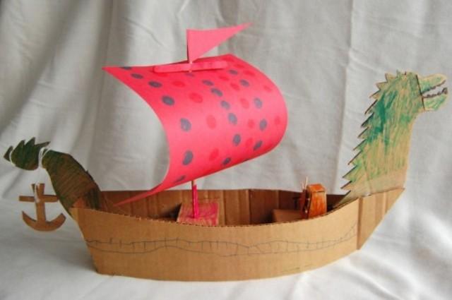 корабль из бумаги и картона-11