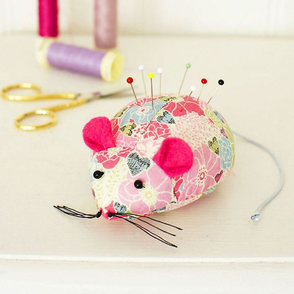 мышь-игольница