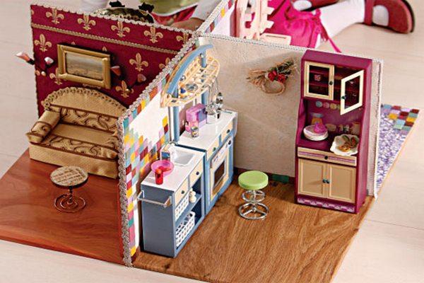 Как сделать домик и мебель для кукол своими руками видео