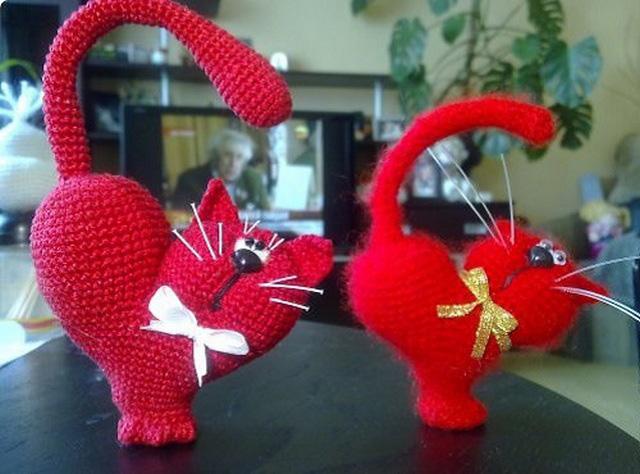 сердце-кот крючком