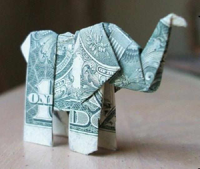 Слоник из денег