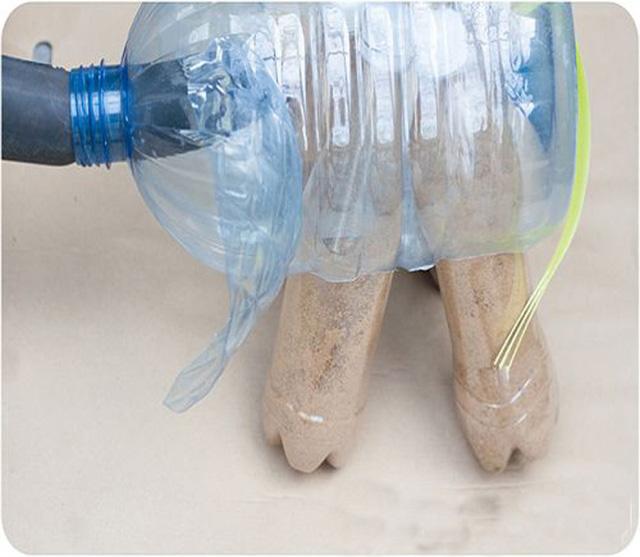 Как сделать слоненка из пластиковых бутылок своими руками