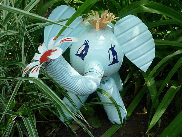 Слон своими руками из пластиковых бутылок