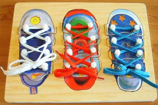 Ботиночки на доске