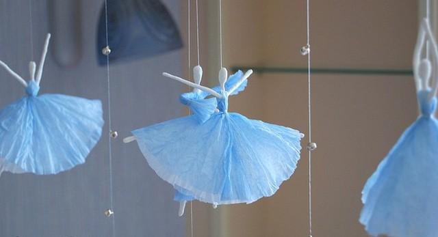 Танцовщица из проволоки