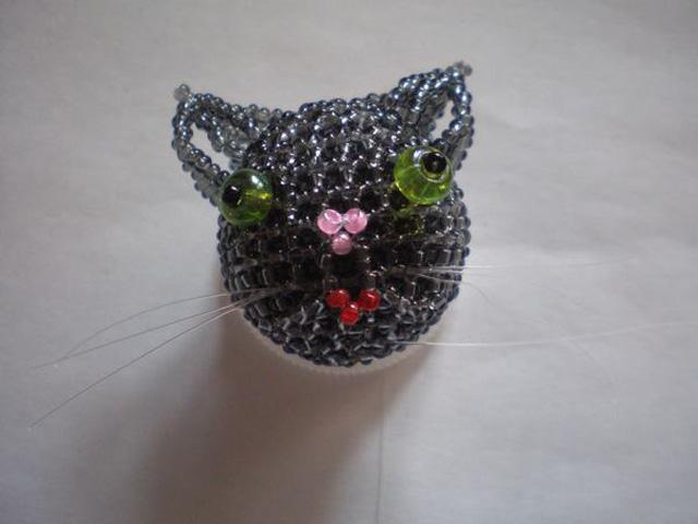 Котик из бисера-13