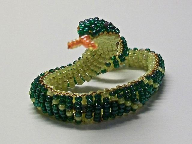 Змея из бисера-14