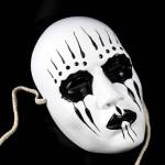 Страшная грустная маска