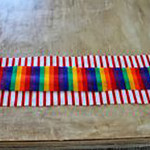 Выкроить ткань на манжеты