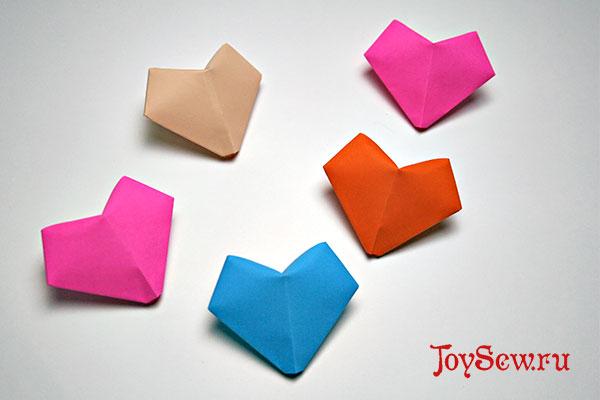 Делаем сердечко из бумаги в технике оригами