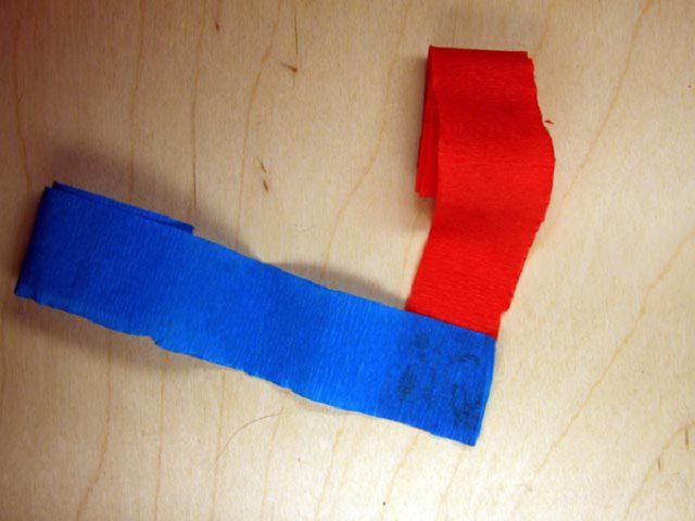 Делаем гирлянды из гофрированной бумаги