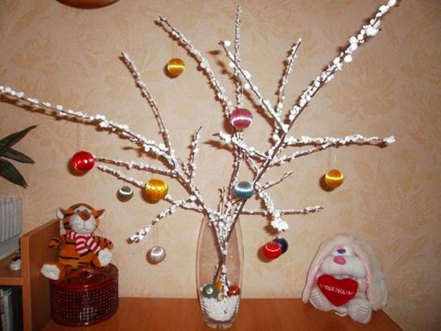 Снежные деревья из пенопласта для детского сада-3