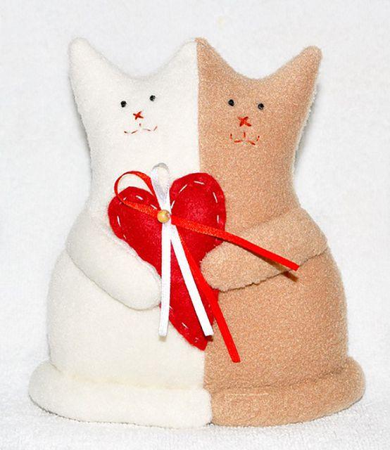 Сшить игрушку с сердечком своими руками 27