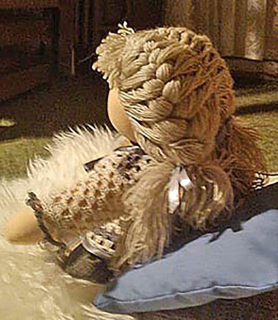 Как сделать из настоящих волос кукле волосы