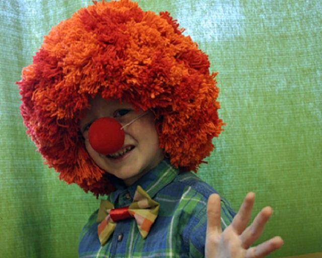 Грим клоуна своими руками: нос, парик и слезы. Мастер-класс. Видео / Игрушки своими руками, выкройки, видео, МК