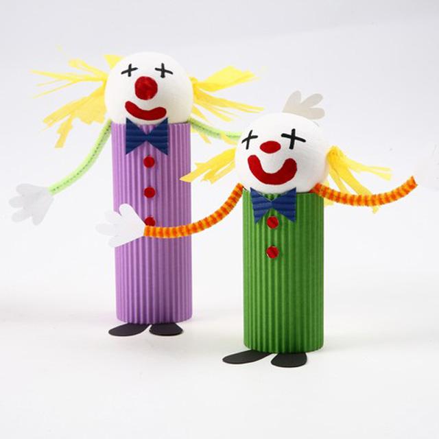 Клоун из теннисного шарика-7