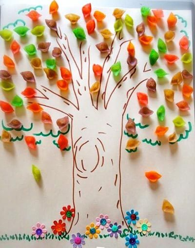 Дерево с разноцветными листиками