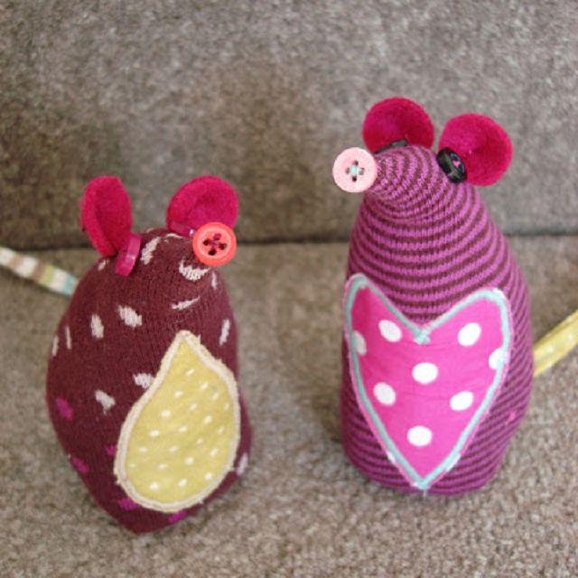 Как сделать мышки из носков