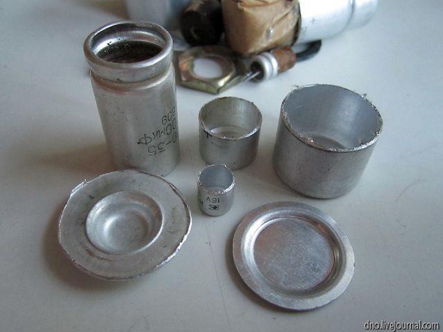 Кухонная посуда в миниатюре