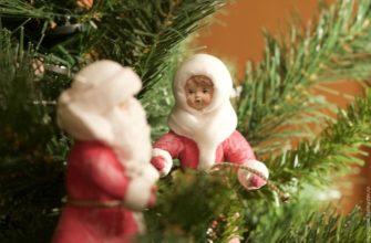 Дед Мороз и Снегурочка из ваты