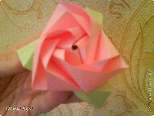 Бутон цветка из бумаги