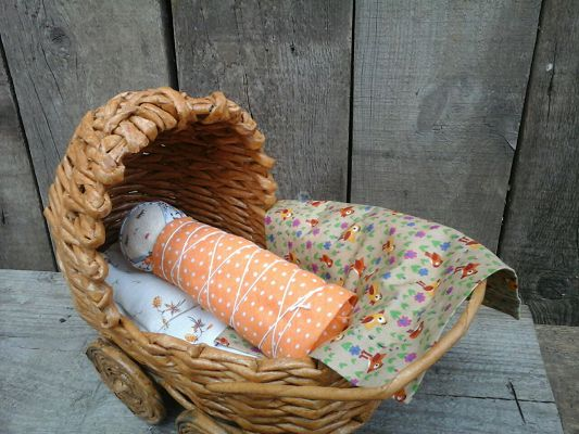 кукла-пеленашка в коляске